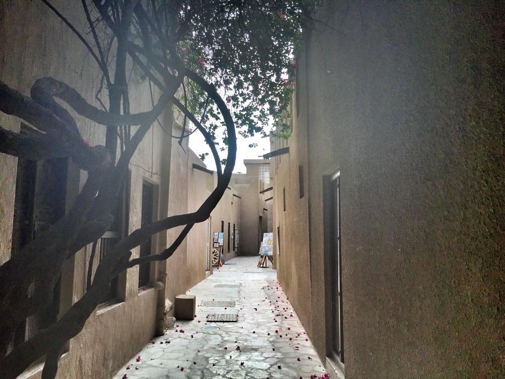DubaiShoestring18