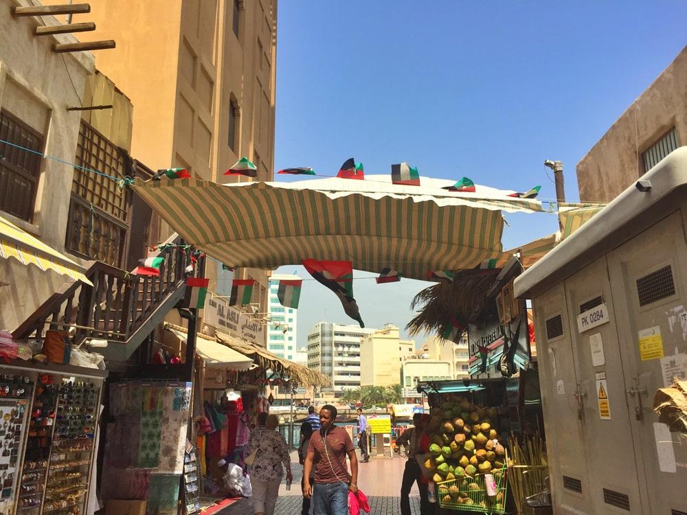DubaiShoestring22