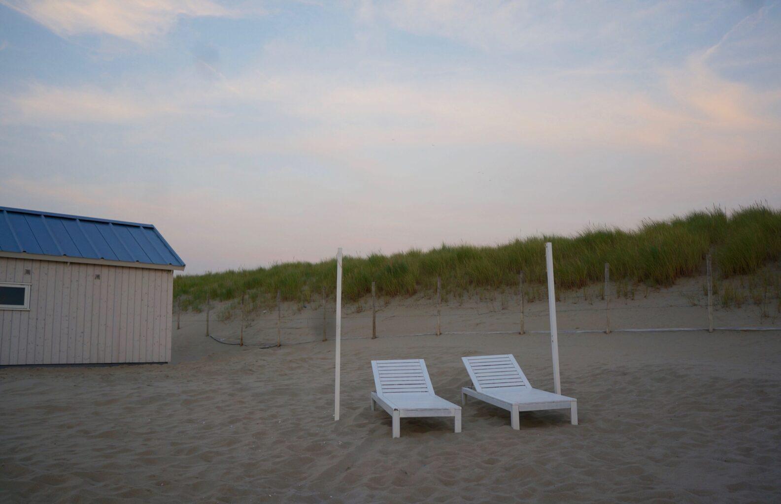Slapen strand Haagse Strandhuisjes strandhuis
